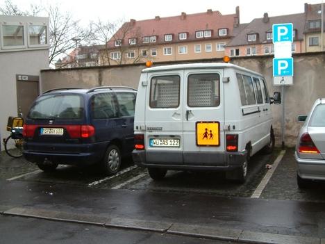 Ecke Augustinerstr.-Gotengasse Behindertenparkplätze