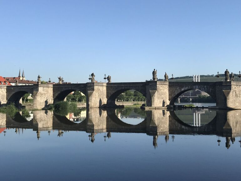 Foto: Alte Mainbrücke © CTW