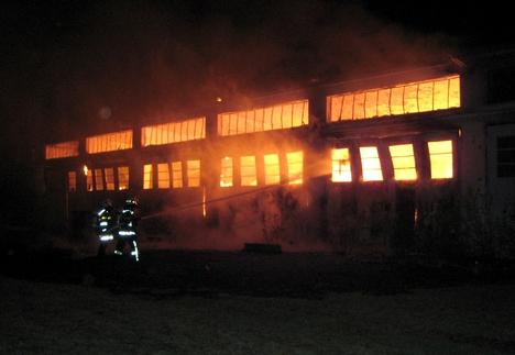 Brand Haus 3828