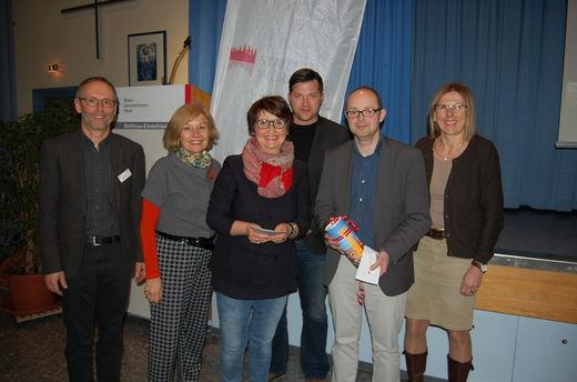 Bild: Vorstand ARGE Familien mit Prof. Behnisch