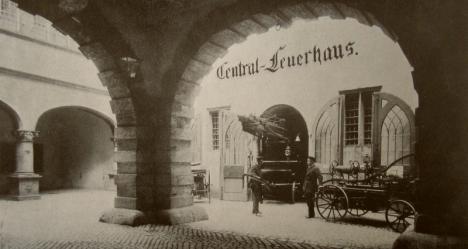 central-feuerhaus_im_rathaus_1908-kl.jpg