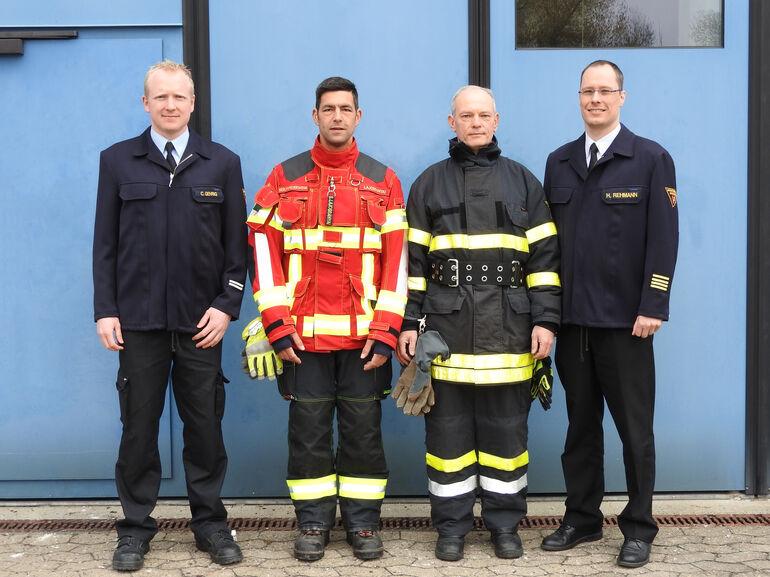 Neue Einsatzkleidung Feuerwehr Würzburg