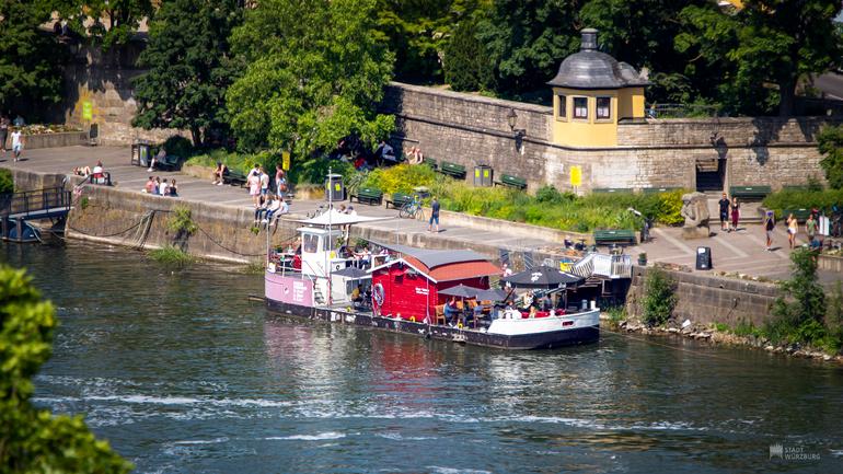 Mainufer in Würzburg