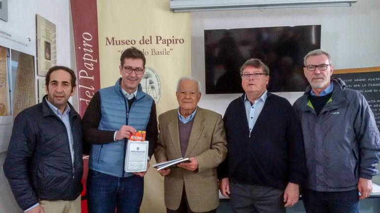 Zu Besuch am Papyrus-Museum bei Prof. Corrado Basile.