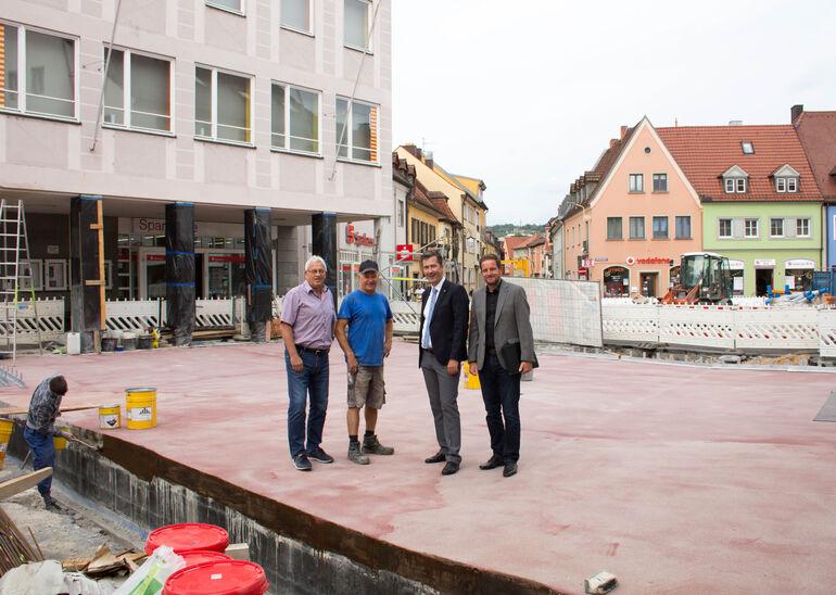 Baustelle Hdfd Rathausplatz und Brücke