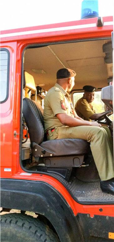 0121 Feuerwehrauto-5