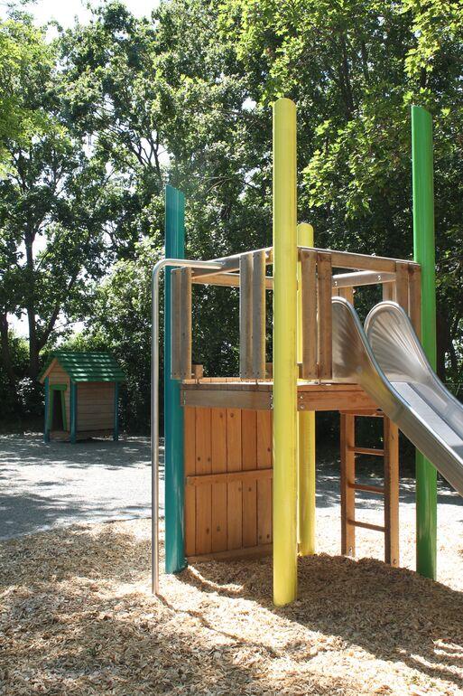 Kinderspielplatz Erlenweg_Löchner_2020_06_02
