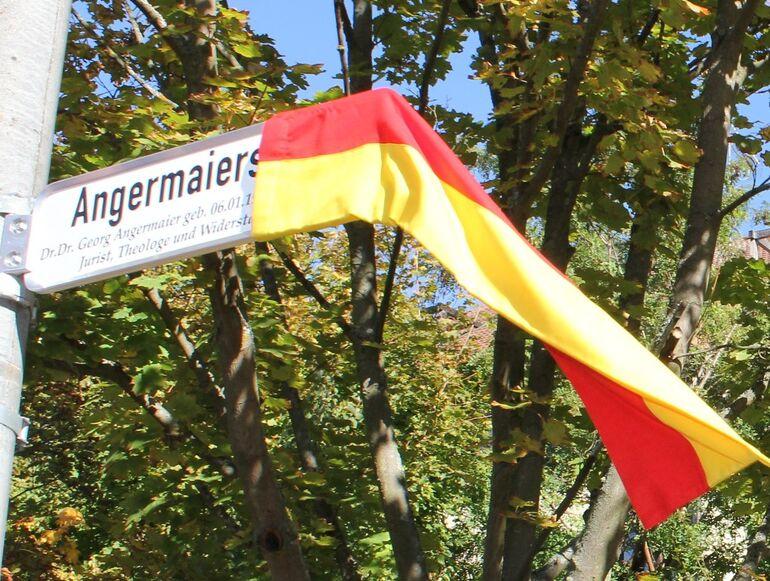 Enthüllung_Angermaierstraße
