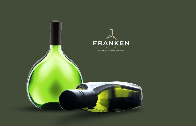 Bocksbeutel PS Franken Fränkischer Weinbauverband, Foto Rolf Nachbar